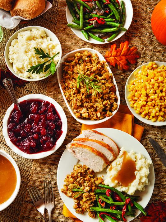 635835288484489031-thanksgiving-dinner